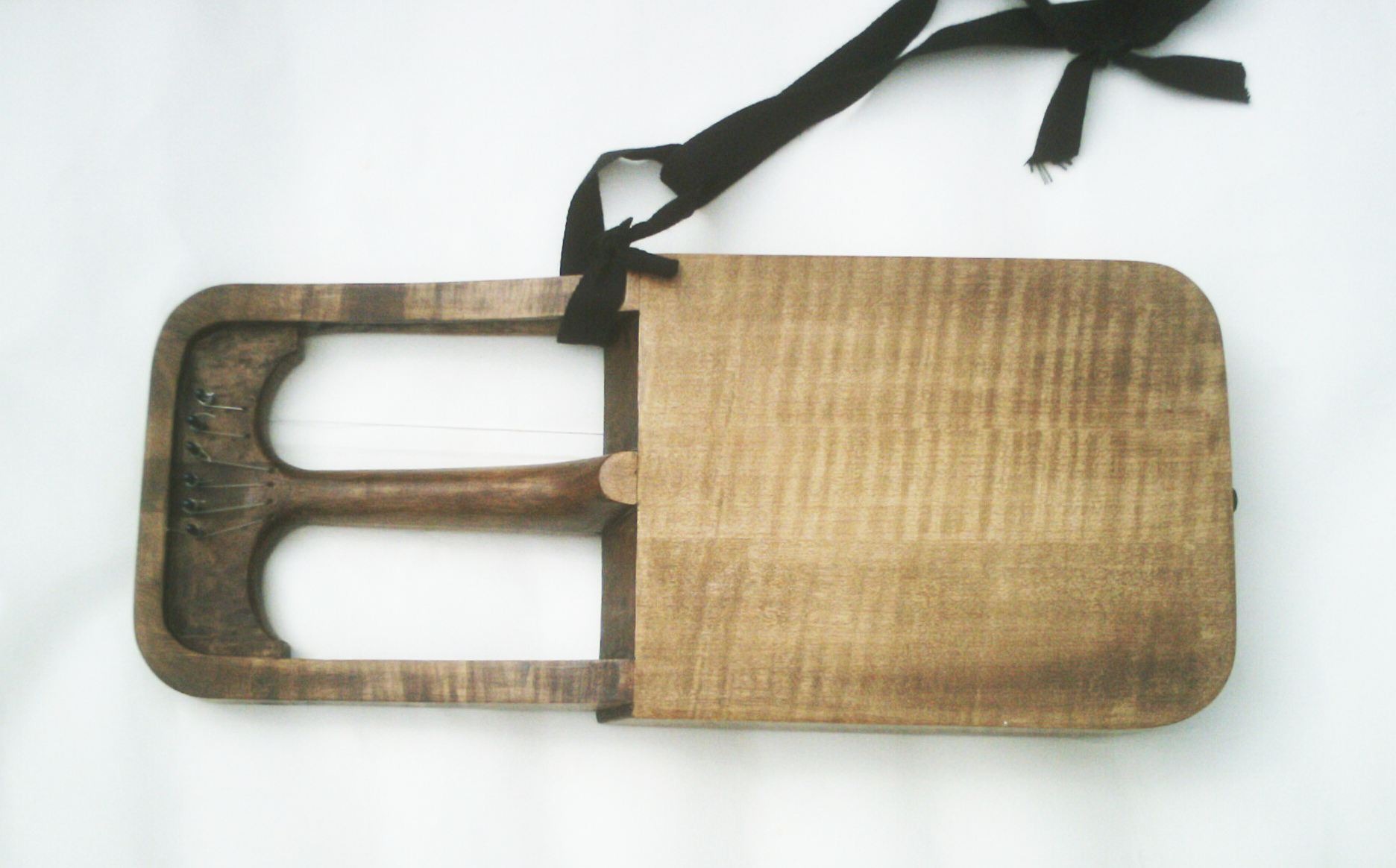 crwth back